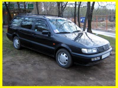 На фото именно этот автомобиль. Гаражное хранение. 1 хозяин в РФ. Юридически чист, не бит, не крашен.  89199938851