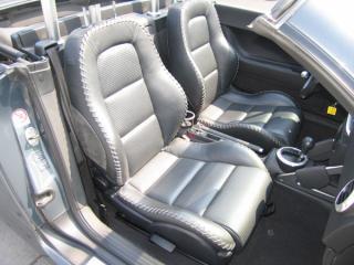 Как новая Audi TT кабриолет. Небольшой пробег, все опции, кожа, ксеноновые фары.